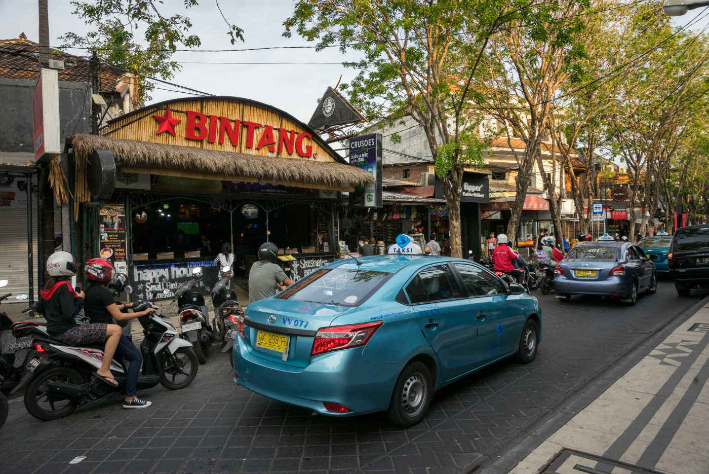 Arak bad liquor in Bali Indonesia kills