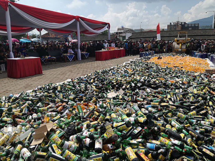 Indonesia Embarks on Large Scale Bootleg Liquor Eradication